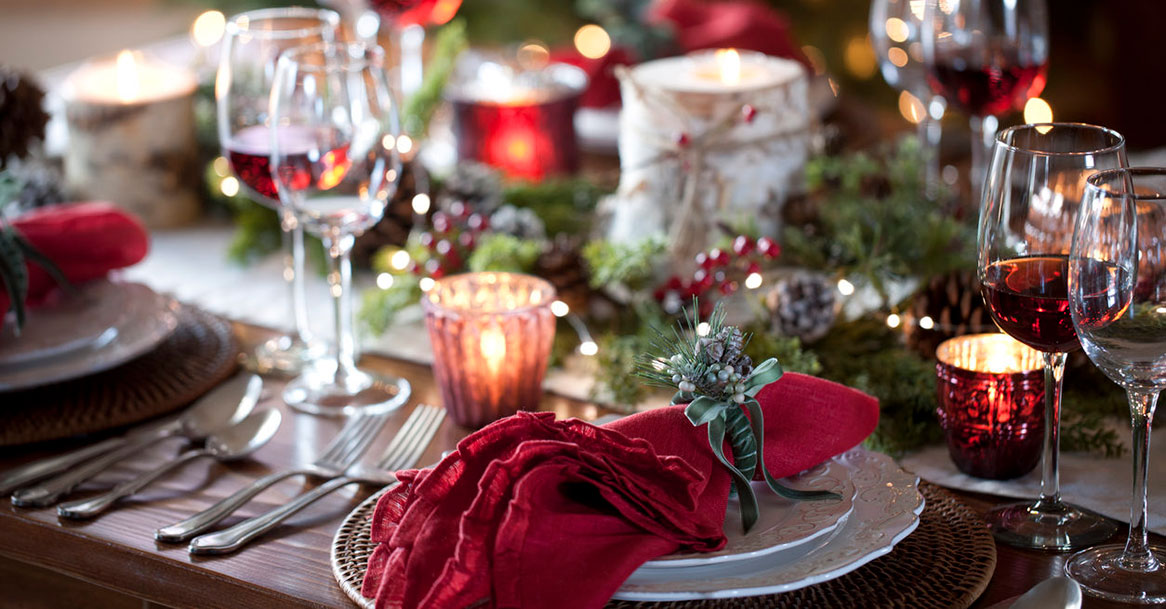 How to Set a Great Holiday Table (Even on Your Budget!)
